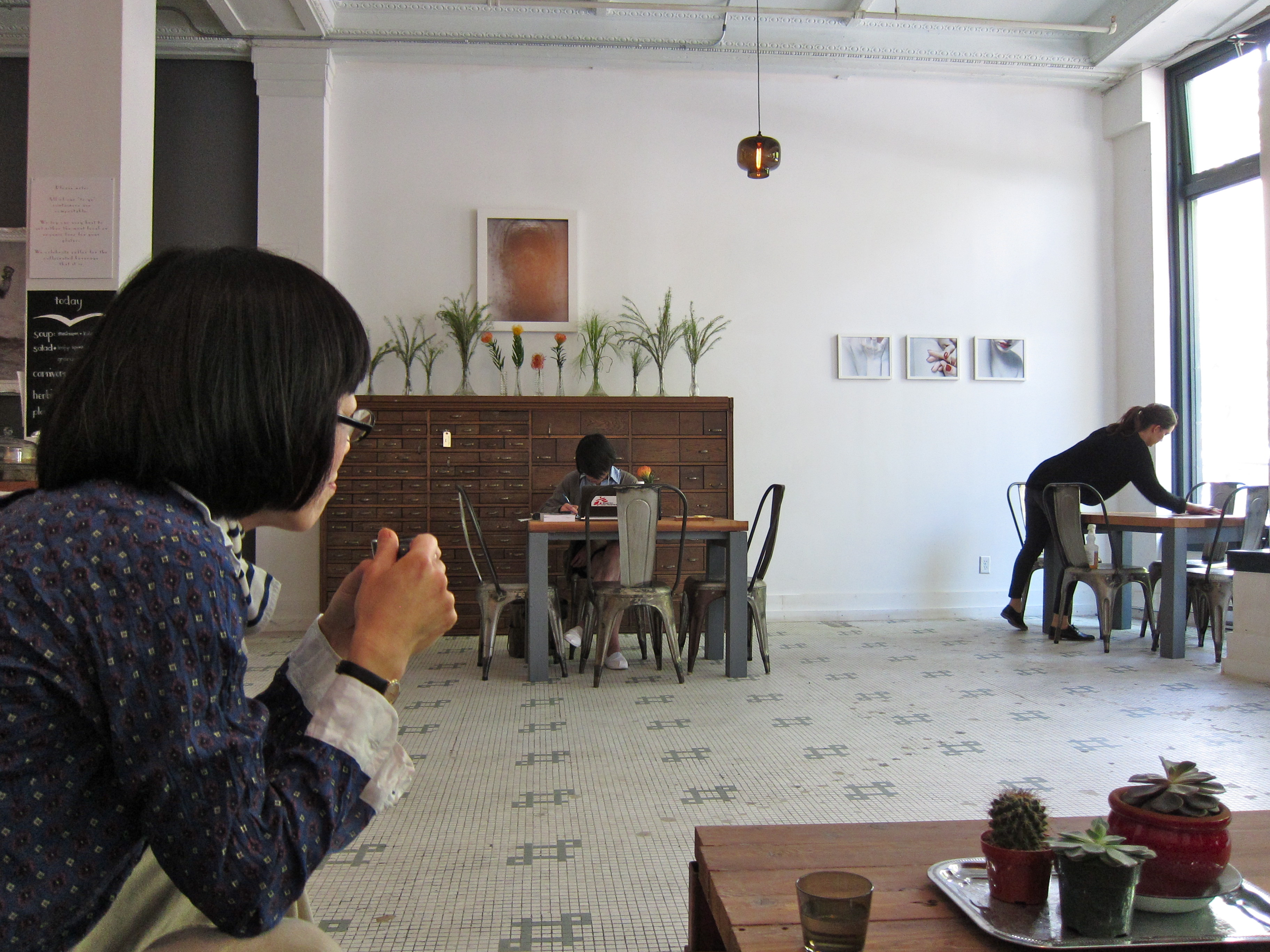 Image by Natsumi for Sokokashiko blog of a Niche Modern Oculo Light in Nelson the Seagull