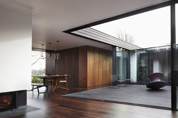 Trio of pendants in north london home by luke zuber - Modern architectural trio ...
