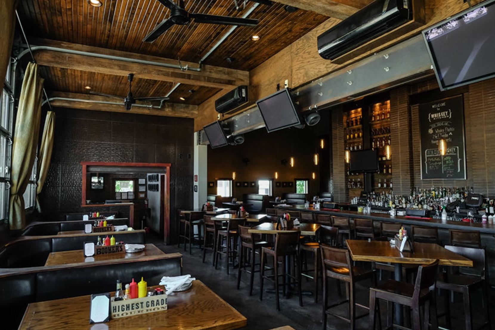 Modern-Bar-Lighting-M-Street-Whiskey-Kitchen-Pharos.jpg