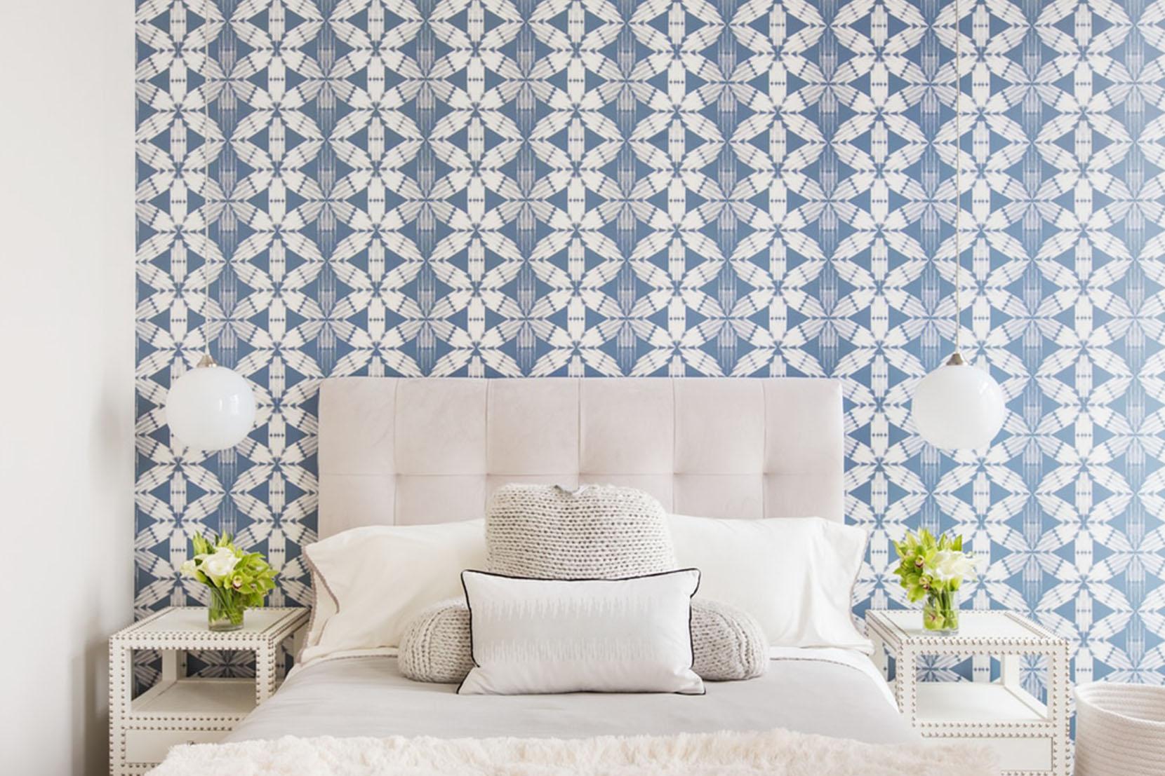 Modern-Bedroom-Lighting-Opaline-Orbs-Bedside.jpg