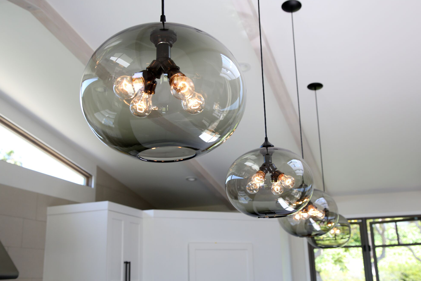 Contemporary-Kitchen-Island-Pendant-Lighting-Cassia.png