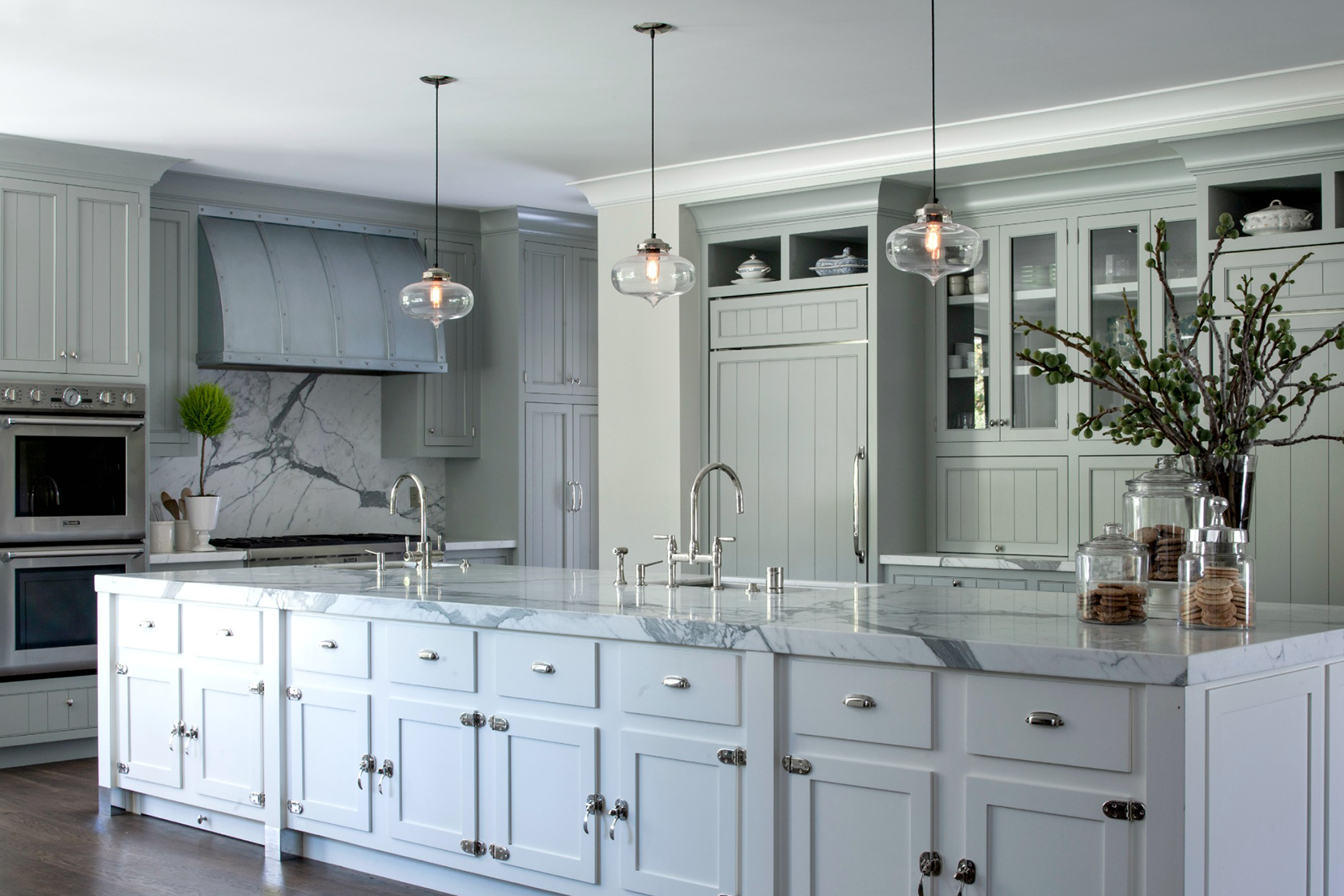 Lighting-Project-Pages_0007s_0004_Kitchen-Island-Contemporary-Lighting.png