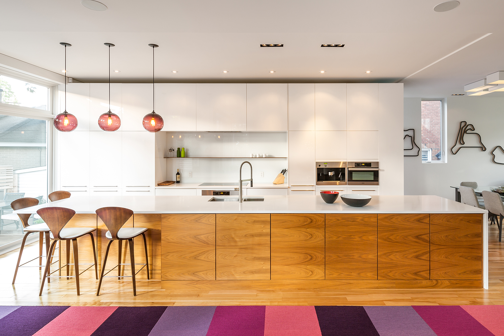 Lighting-Project-Pages_0007s_0005_Kitchen-Modern-Pendand-Lighting-Plum.png