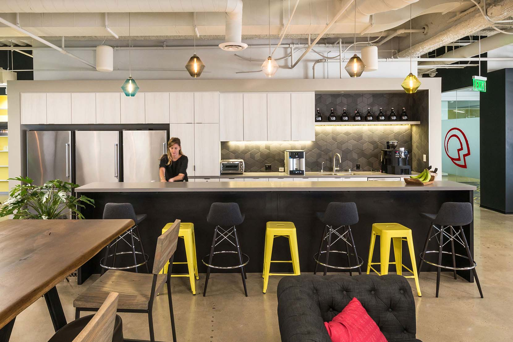 Modern-Office-Lighting-Projects-Thoughtworks-Troves-Breakroom.jpg