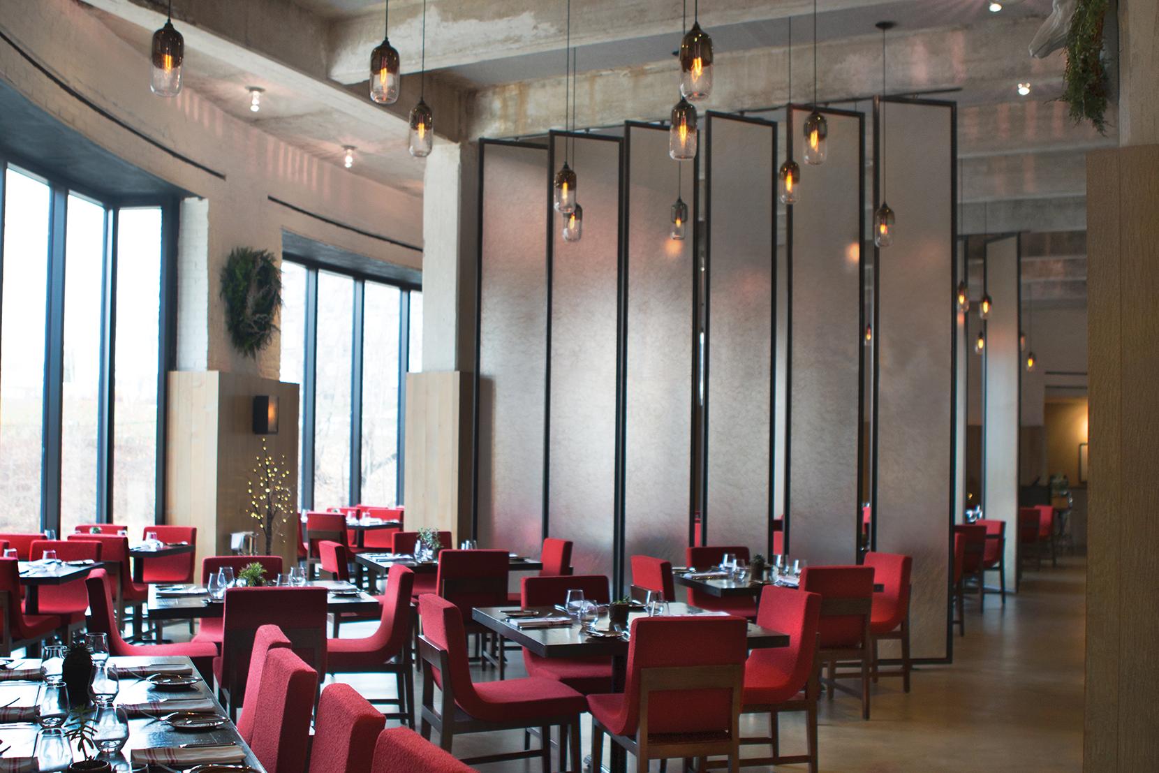 Modern Glass Restaurant Lighting - Mercurio Pendant Lights