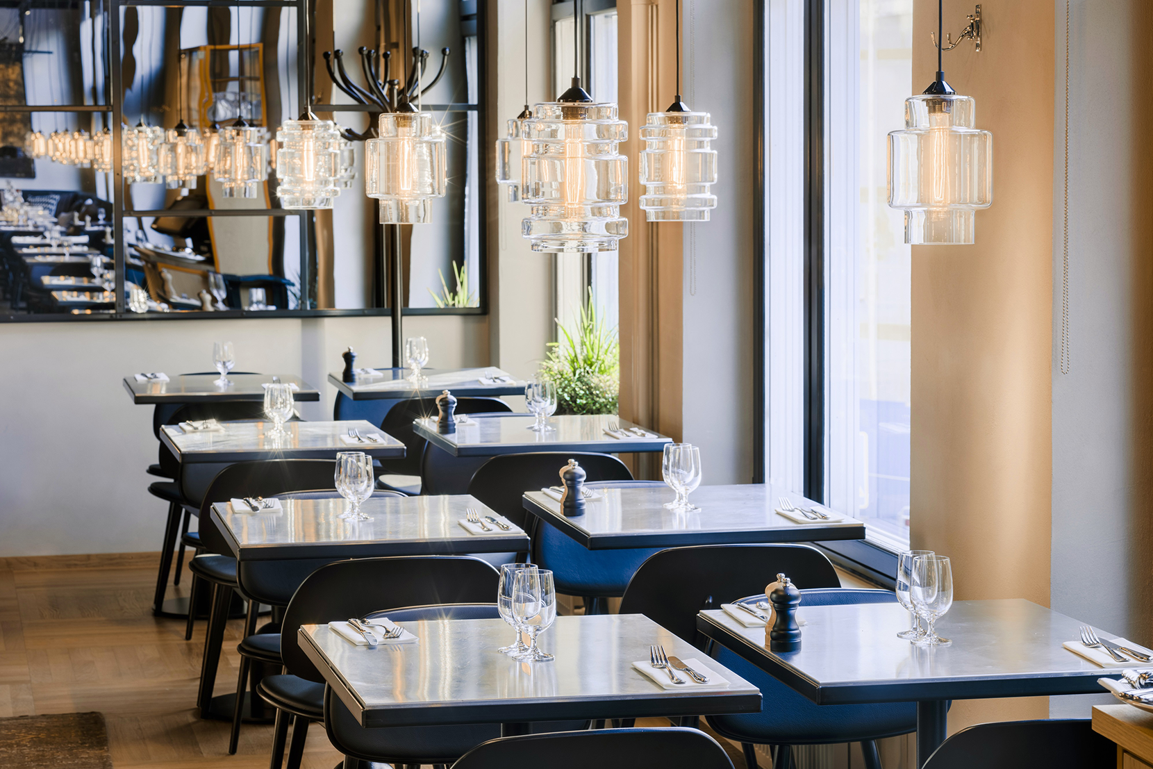 Modern Glass Restaurant Lighting - Crystalline Pendant Lights