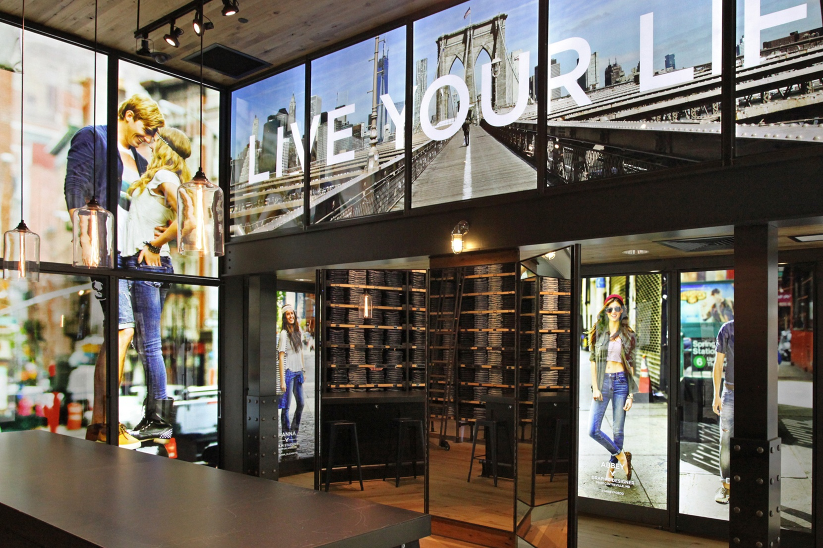 Modern-Retail-Lighting-Projects-American-Eagle-Times-Square-Bella.jpg